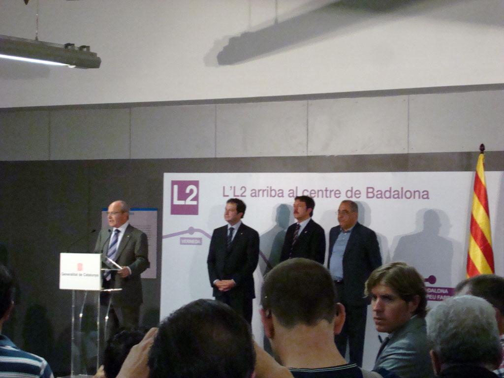 El president de la Generalitat fent el seu discurs